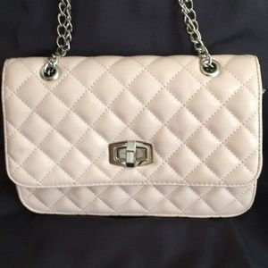 Express Light Pink Quilted Bag